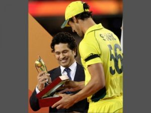 Mitchell Starc Full Biography, Australian Cricketer, T20 Record Height, Weight, Age, Wife, Family & More