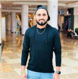The physical appearance of Faheem Ashraf