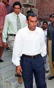 Aamer Sohail Physical Appearance