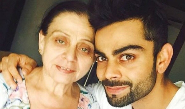 virat kohli with his mom
