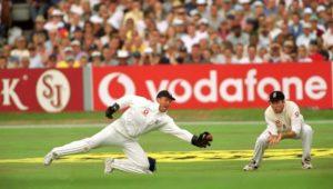 Alec Stewart wicket keeper- Alec Stewart Former English Captain- Full Biography