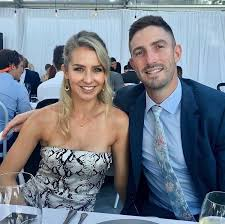 Shaun Marsh Full Biography, Australian Cricketer, Records, Height, Weight, Age, Wife, Family, & More