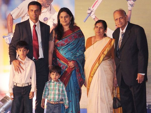 rahul dravid mom dad