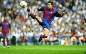 xavi plays football