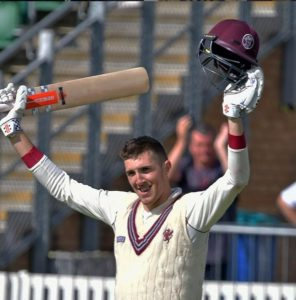 Craig Overton Full Biography, England Cricketer, Height, Weight, Age, Wife, Family & More