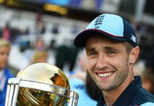 Chris Woakes Full Biography, England Cricketer, All rounder, Height, Weight, Age, Wife, Family & More