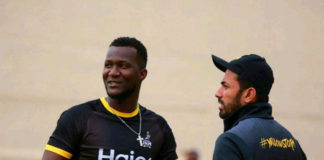Wahab-Riaz-and-Darren-Sammy